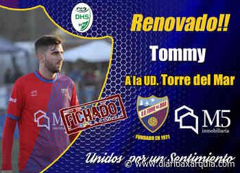La Unión Deportiva Torre del Mar anuncia las renovaciones de Javi Molina, Tommy Atienda y Francis Córdoba - Diario Axarquía