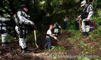 Activistas buscan fosas clandestinas en Huitzuco; aún no encuentran nada - La Jornada Guerrero