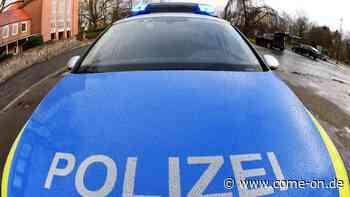 Kierspe: Unbekleidet und völlig hemmungslos auf der L528 - Mann reibt sich an Streifenwagen - Meinerzhagener Zeitung