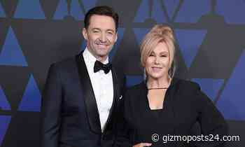 Hugh Jackman Showing His Perfect Body Seen on the Beach with Wife Deborra-Lee, Click to Know More. - Gizmo Posts 24