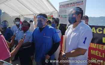 Protestan en la costera trabajadores del sector salud - El Sol de Acapulco