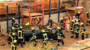 Flucht vor der Polizei: Auto stürzt in Baugrube bei Erlangen - Nordbayern.de