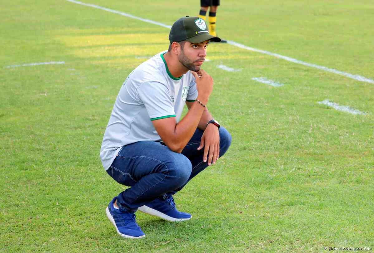 Hugo Chacon reassume comando do Palmeira para últimos jogos do estadual - globoesporte.com