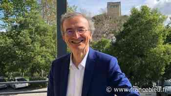 Crest : le maire rend obligatoire le port du masque sur les marchés et brocantes - France Bleu