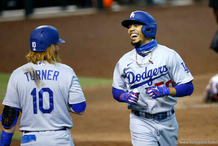 Dodgers' Mookie Betts day to day with finger injury