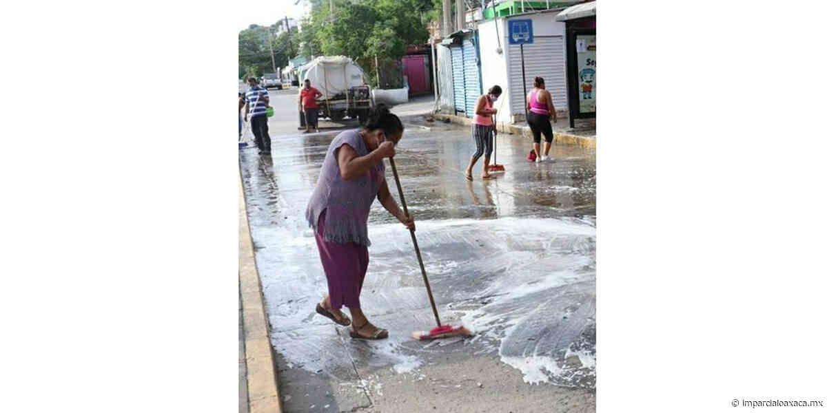 Locatarios de Salina Cruz hacen frente al Covid-19 - El Imparcial de Oaxaca