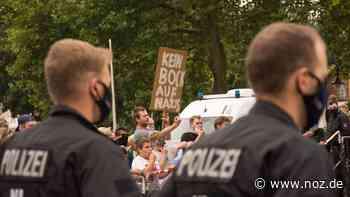 AfD-Stammtisch in Dissen: 40 Parteifreunde treffen auf 300 Gegner - noz.de - Neue Osnabrücker Zeitung