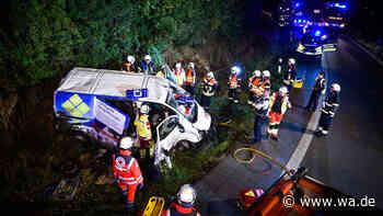 A44 Soest, Anröchte, Geseke (NRW): Mehrere Verletzte bei schweren Unfällen auf der A44 - wa.de