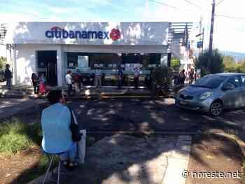 Xalapa: Adultos mayores en riesgo por aglomeraciones en cobros de pensión - NORESTE