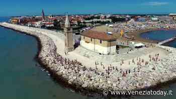 Gli ambulanti di Forte dei Marmi a Caorle - VeneziaToday