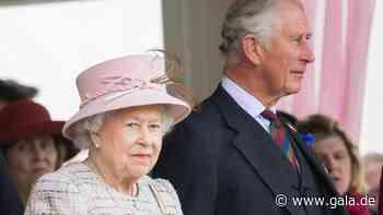 Royals: Queen Elizabeth verklagt Prinz Charles' ehemaligen Butler - Gala.de