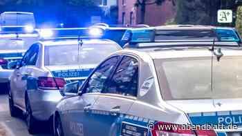 Hamburg: 55-Jährige leistet Erste Hilfe bei Unfall und wird bestohlen