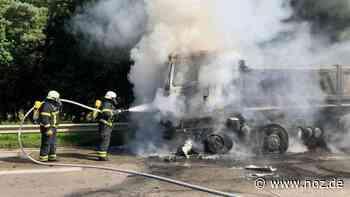 Lastwagen brennt auf der A1 bei Wildeshausen - noz.de - Neue Osnabrücker Zeitung