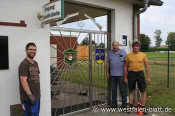 Zwei Wappen zieren das neue Tor - Westfalen-Blatt