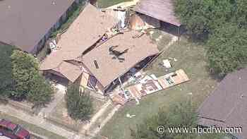 Fort Worth Fire Department Investigates Apparent House Explosion, Man Injured