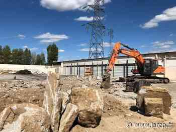 Démoli d'ici fin août, l'ancien Intermarché de Gien disparaît peu à peu du paysage dans le quartier des Montoires - La République du Centre