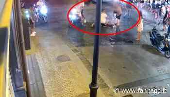 Carabiniere picchiato dal branco a Castellammare, presidio di solidarietà alla Pastrengo - Fanpage.it