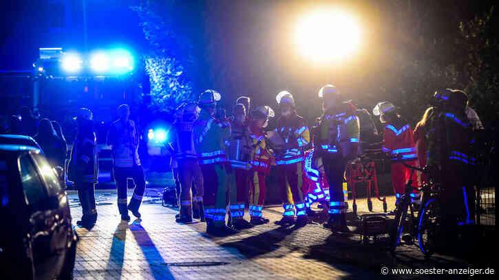 Werl (Kreis Soest/NRW): Dramatischer Großeinsatz der Feuerwehr: 11 Menschen im Krankenhaus - Baby und Klein... - soester-anzeiger.de