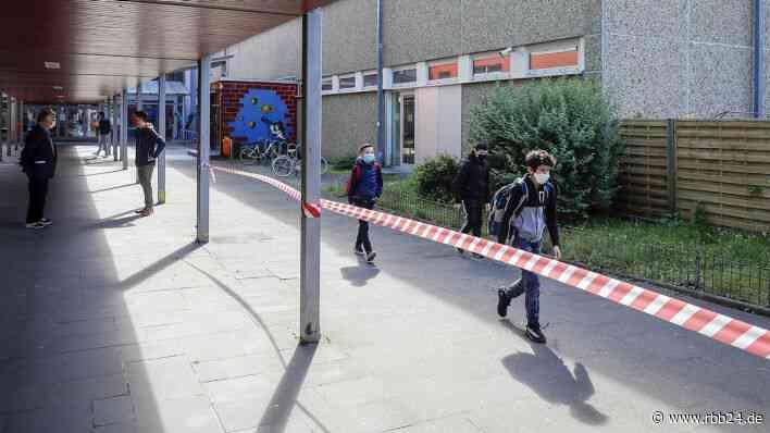 Bildungsministerin Ernst: Auch Brandenburg führt Maskenpflicht in Schulen ein - rbb24
