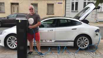 Baustellen Elektromobilität: Anzahl der E-Ladesäulen in Brandenburg steigt - rbb24