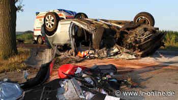 Lausitz am Morgen: Auto überschlägt sich in Elbe-Elster, ein Verletzter - Lausitzer Rundschau