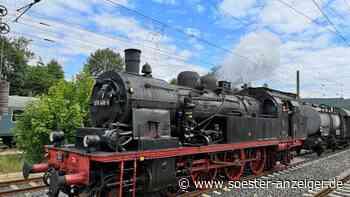 Fast 100 Jahre alte Lok fährt von Soest nach Paderborn - Soester Anzeiger