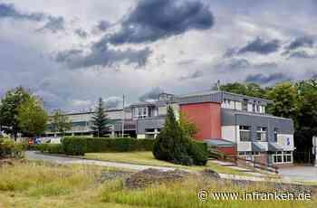 Kreis Forchheim: Sanierung von Rathaus und Mehrzweckhalle bereitet Sorgen