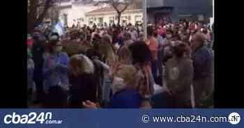 Comerciantes de Marcos Juarez protestan contra la imputación del intendente - Cba24n