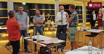 Protokoll einer turbulenten Sitzung: Uneinigkeit über Rathausneubau spaltet - Schwäbische