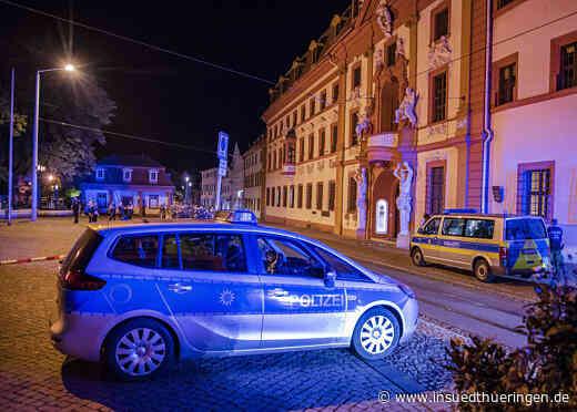 Razzien in Erfurt und Ostthüringen nach Angriff vor Staatskanzlei - inSüdthüringen