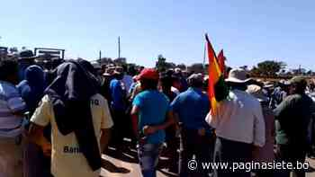 Enfrentamiento en punto de bloqueo en Santa Cruz deja 10 heridos - Pagina Siete