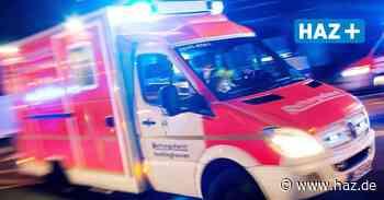Unfall in Hannover: Auto rutscht Böschung zu Herrenhäuser Gärten herunter