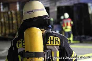 Rheda-Wiedenbrücker Feuerwehr hilft bei Großbrand in Stromberg - Radio Gütersloh