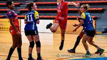 Joueuse du Saint-Marcel/Vernon handball, Fanny Dallet, 16 ans, appelée en équipe de France - Paris-Normandie
