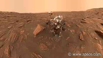Happy anniversary, Curiosity! NASA rover marks 8 years on Mars - Space.com
