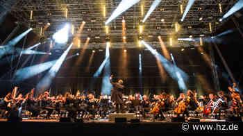 Kartenvorverkauf für drei Konzerte: Junge Philharmonie Ostwürttemberg kommt auch nach Heidenheim - Heidenheimer Zeitung