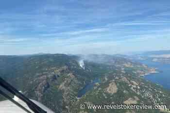 West Kelowna wildfire 'under control' – Revelstoke Review - Revelstoke Review