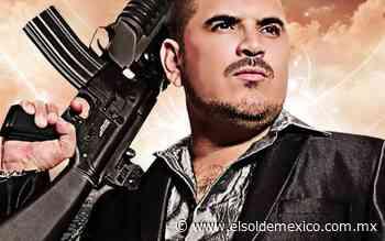 AMLO se toma una foto con la estrella de narcocorridos, El Komander - El Sol de México