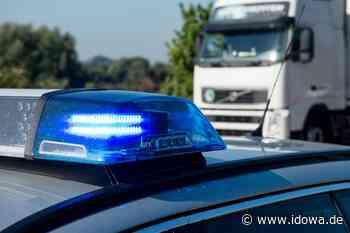 VPI Regensburg: Auto kracht auf A3 in Schutzplanke - Regensburg - idowa