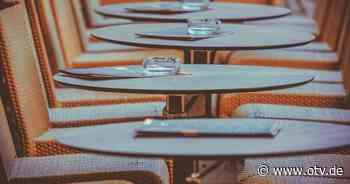 Neustadt: Unterstützung der Gastronomen – Keine Gebührenabgaben für Tische und Stühle vor Betrieben - Oberpfalz TV