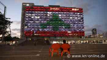 Explosion in Beirut: Farben von Libanon erleuchten Tel Avivs Rathaus