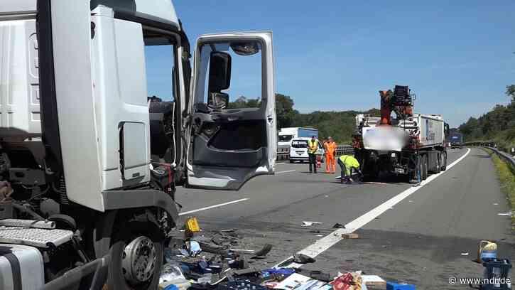 A1 bei Bramsche: Zwei Unfälle legen Verkehr lahm - NDR.de
