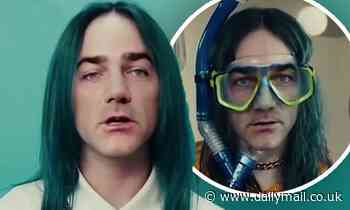 Radio host Michael 'Wippa' Wipfli transforms himself into singer Billie Eilish with a face swap app - Daily Mail