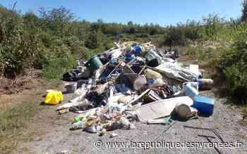 Poey-de-Lescar : 15 m3 de dépôt sauvage trouvé, la mairie porte plainte - La République des Pyrénées