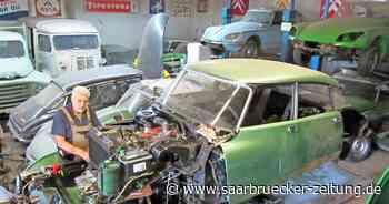 Stefan Warken lagert 31 Citroen DS in einer Halle in Blieskastel - Saarbrücker Zeitung