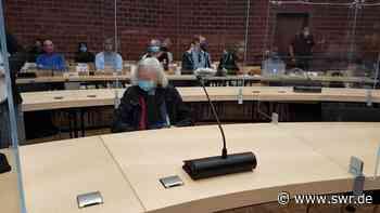 Mordprozess am Landgericht Konstanz gegen eine 84-jährige, die ihren Ex-Mann mit Benzin übergossen und angezündet haben soll | Friedrichshafen | SWR Aktuell Baden-Württemberg | SWR Aktuell - SWR