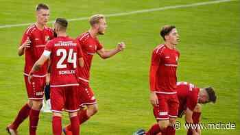 Fußball/Testspiele: Halberstadt und Auerbach besiegen Sechstligisten - MDR
