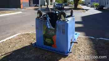 Três contêineres de lixo são queimados em quadra no centro de Palmas - G1