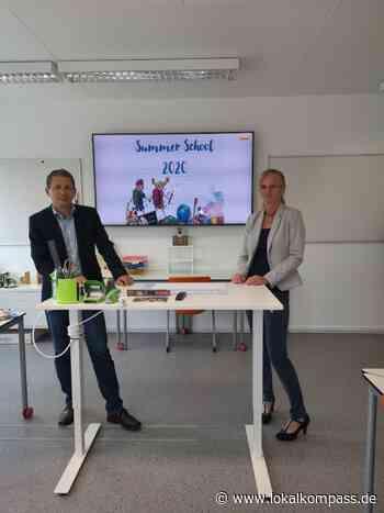 """Summer sChOOL - ein Ferienprojekt in Geldern, das """"Schule machen könnte"""": Auch Lehrer_innen aus Xanten haben es mit getragen - Lokalkompass.de"""
