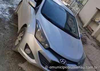 Ocorrência de violência doméstica leva a recuperação de carro furtado em Indaial - O Município Blumenau
